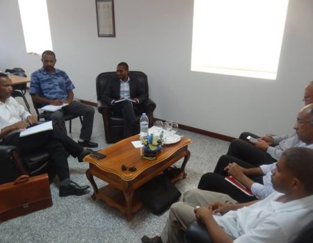 Encontro entre Câmara Municipal e a Sociedade de Desenvolvimento Turístico das Ilhas de Boa Vista e Maio